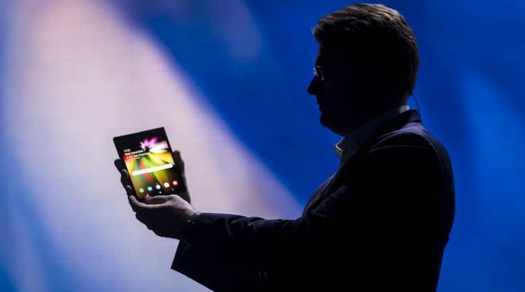 Samsung Galaxy F le premier smartphone pliable