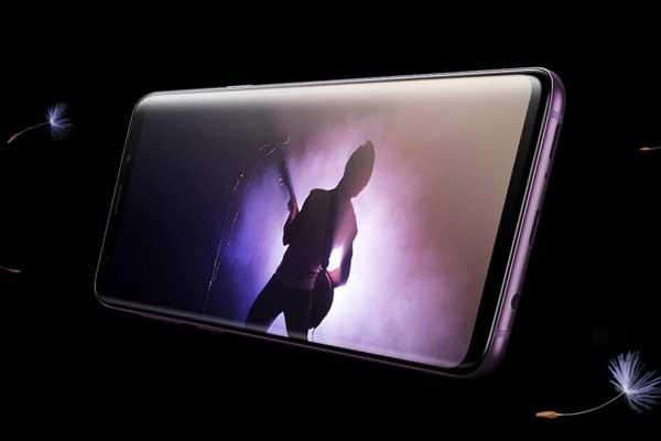 Galaxy F, le nouveau smartphone pliable de Samsung