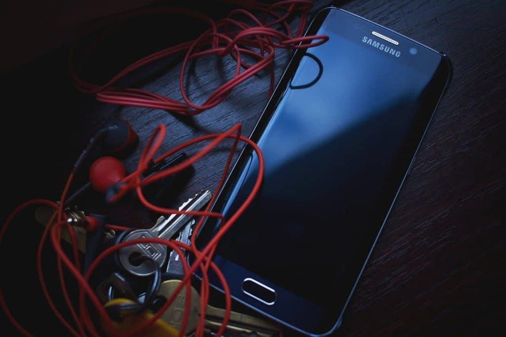 Smartphone pliable Samsung : sa date de sortie en Europe et son prix