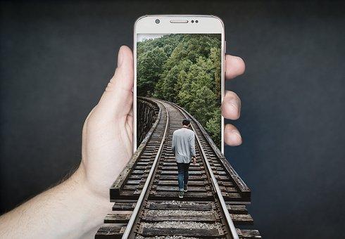 À la découverte du tout premier smartphone pliable