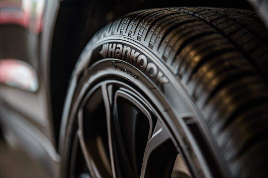 Qu'est-ce que c'est un pneu 2.0?