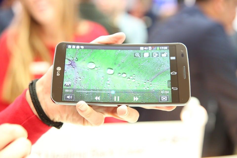 Smartphone pliable Xiaomi vs smartphone pliable LG
