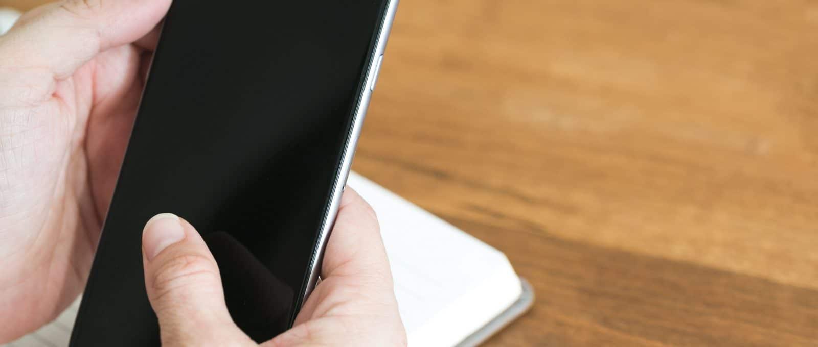 Google confirme la compatibilité d'Android avec les smartphones pliables